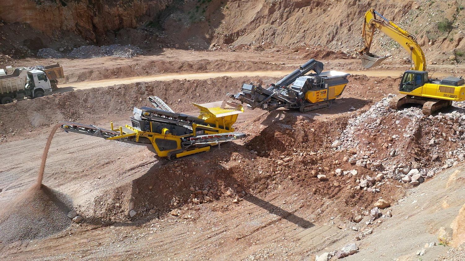 MHM RM Rubble Master Compact Crushing and Screening