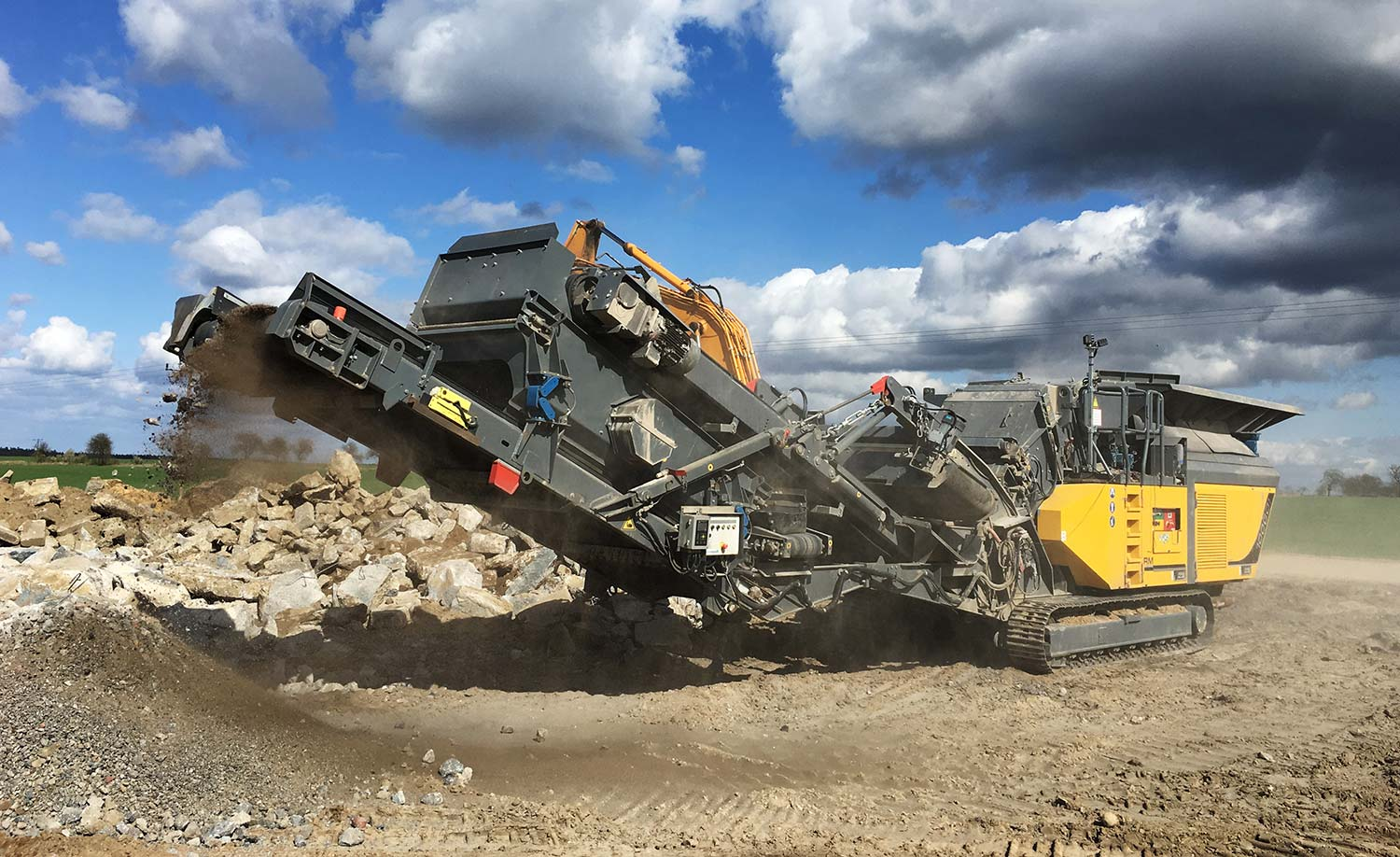 MHM new RM Rubble Master Compact Crushing RM100GO mobile crusher concrete